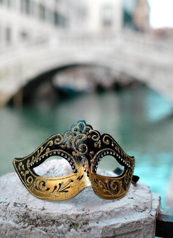 Colombina Mask and Venice - Black and Gold Mask