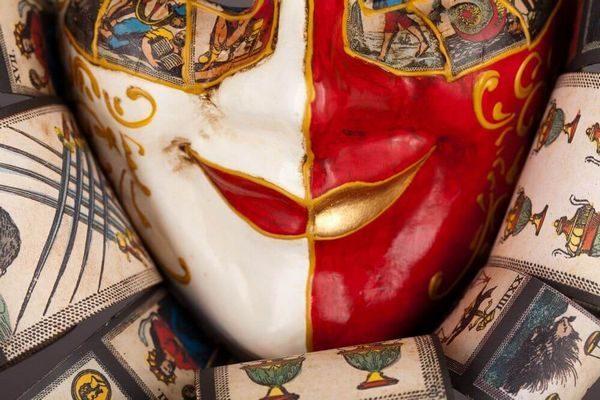 Jolly René Ricci in Paper-Mache - Taroc Style - Detail 1 - Venetian Mask