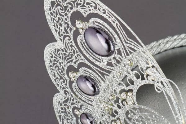 Face with Half Butterfly in Metal and Rhinestone - White Color - Detail 3 - Venetian Mask