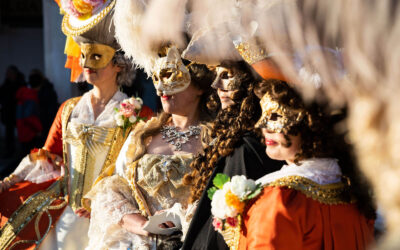 Be the king and queen of the masked ball with these amazing Venetian Masks
