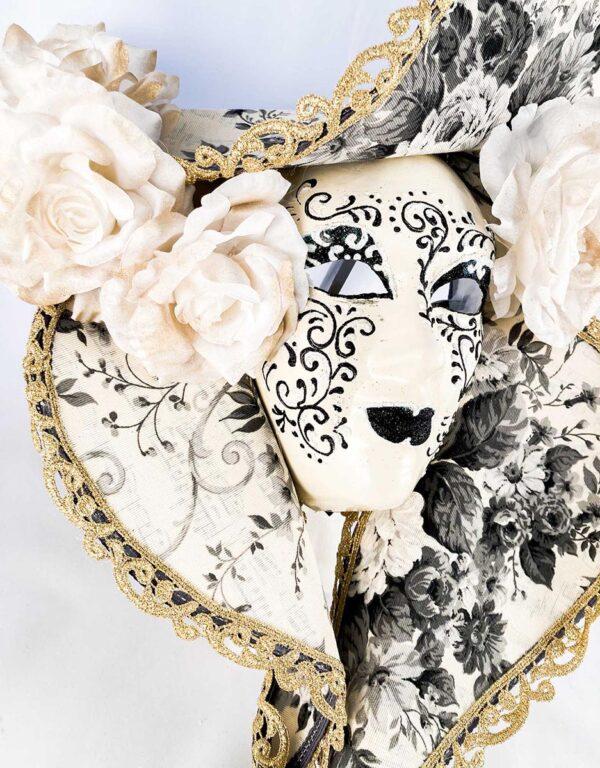 dama_cappello_grande_bianco_nero_papier_machè_mask_434c-biane1